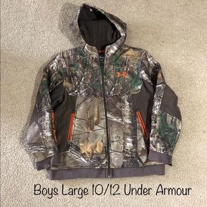 Boys 10/12 (L) Under Armour Realtree Coat